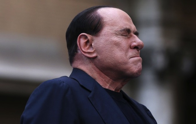 Berlusconi-decaduto